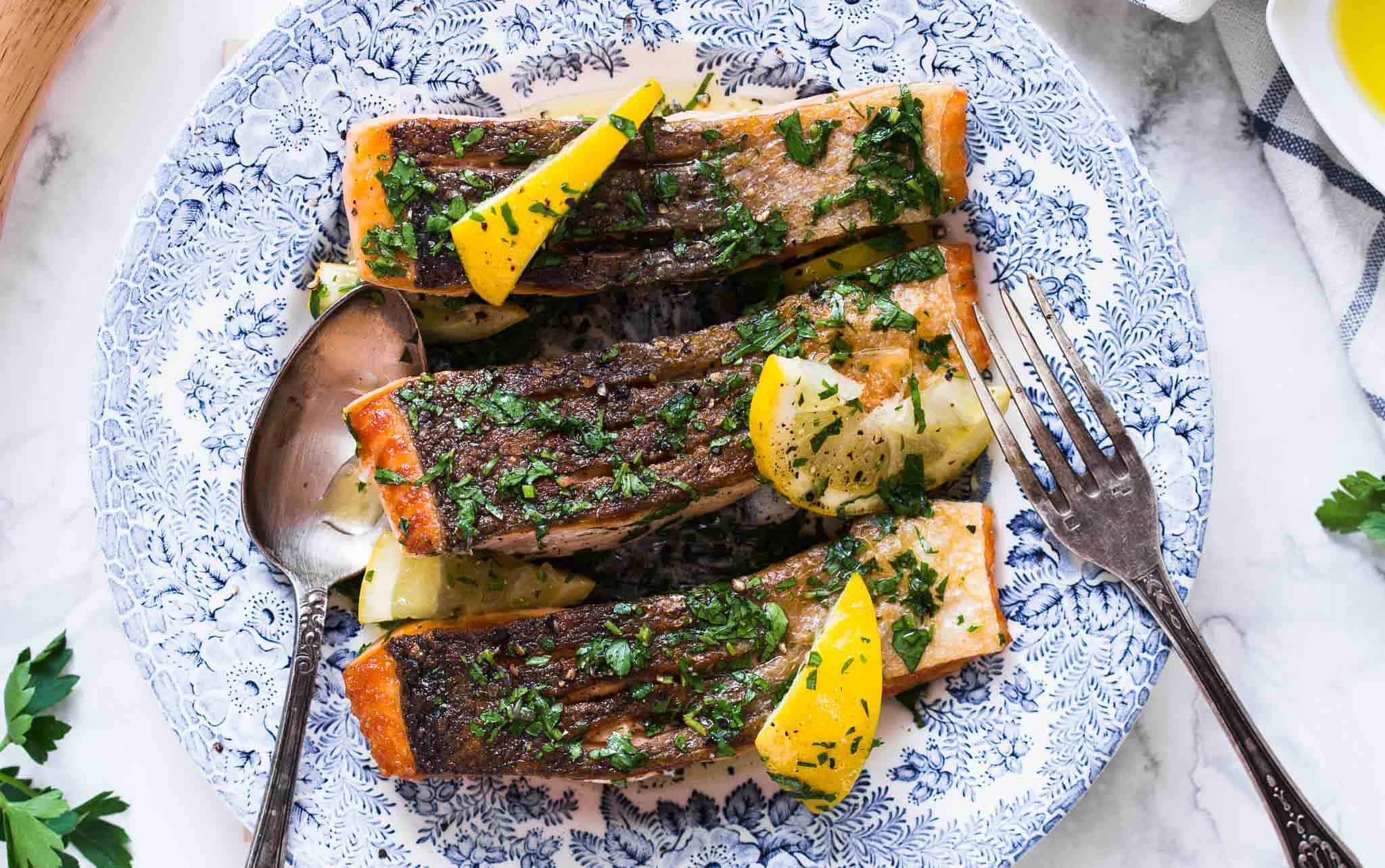 how to perfectly cook salmon fillet with crispy skin all the time