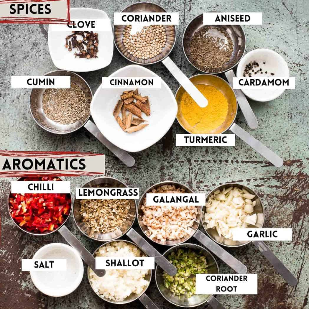 massaman curry paste ingredients