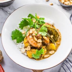 massaman curry with prawns