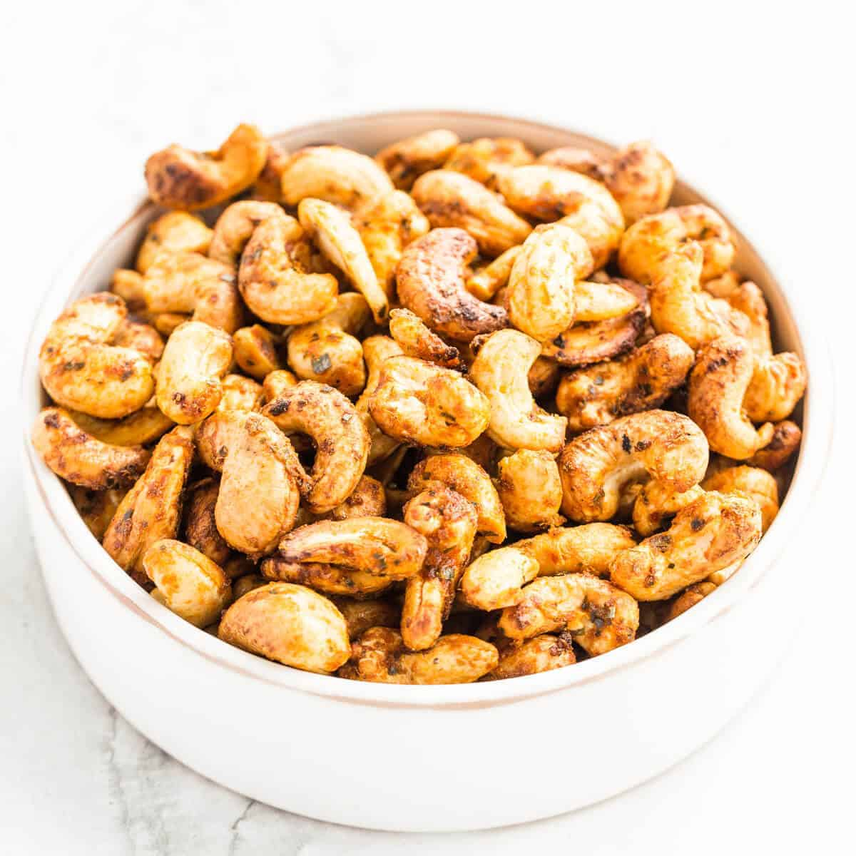 roasted Thai spiced cashew nuts
